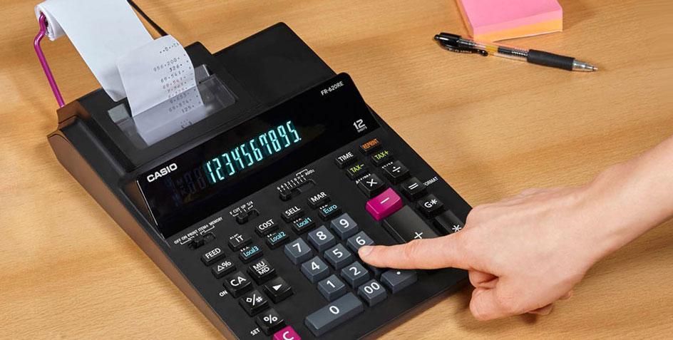 Berechnung mit einem druckenden Tischrechner