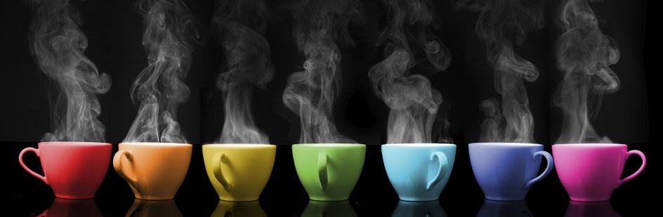 Tassen in verschiedenen Farben