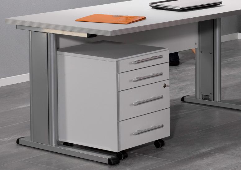 Ein Schreibtisch unter dem ein Rollcontainer steht
