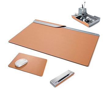 Schreibtischset aus Leder
