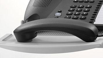 Telefonschwenkarm mit praktischer Hörerablage